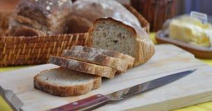 Fette fresche di ciabatta del pane immagini stock libere da diritti