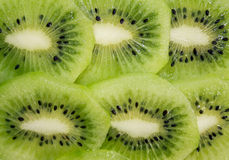 Fette succose di kiwi entrambe ad entrambi fotografie stock libere da diritti