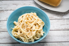 Fettuccine Alfredo klasyczny Włoski makaron Zdjęcie Stock