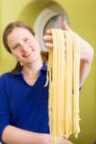 Fettuccine casalingo Deta della pasta Immagini Stock Libere da Diritti