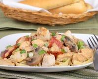 Fettuccine del pollo Fotografia Stock