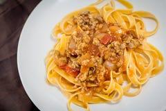 Fettuccini della salsa al pomodoro Fotografia Stock
