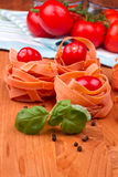 Fettucini με τις ντομάτες Στοκ εικόνα με δικαίωμα ελεύθερης χρήσης