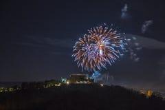 Feu d'artifice au-dessus de la ville de Gorizia, Italie Images libres de droits