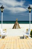 Feu de camp sur la plage images libres de droits