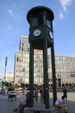 Feu de signalisation de bâtiments de Potsdamer Platz premier Photographie stock