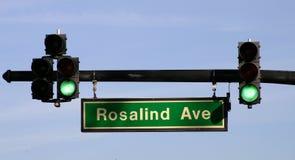 Feu de signalisation sur l'avenue de Rosalind - FLBusiness00040a photos libres de droits