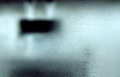 Feuchtes kaltes Fenster stockfotos