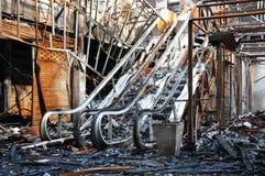 Feuer ausgeweideter Mall und Kino in Bangkok Lizenzfreie Stockfotos