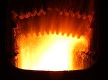 Feuer im Industrieofen Stockfoto