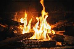 Feuer im Kamin Stockfotos