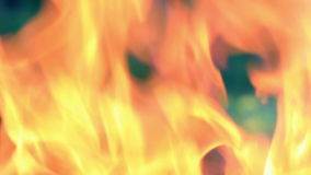 Feuer im Messingarbeiter. stock video footage