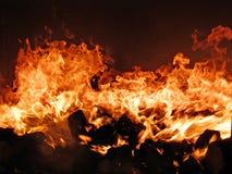 Feuer im Ofen lizenzfreie stockfotografie