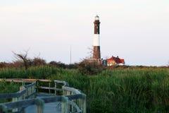 Feuer-Insel-Leuchtturm vom Osten stockfotos