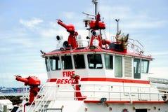 Feuer-Rettungsboot Stockfotos