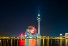 Feuerarbeit an Macao-Turm lizenzfreie stockbilder