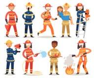 Feuerbekämpfendes Feuer des Feuerwehrmannvektorkarikaturfeuerwehrmann-Charakters mit firehose Hydranten und Feuerlöscherausrüstun Stockfoto