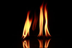Feuerflamme lizenzfreie stockfotos