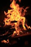 Feuerflammen als Hintergrund Stockbild