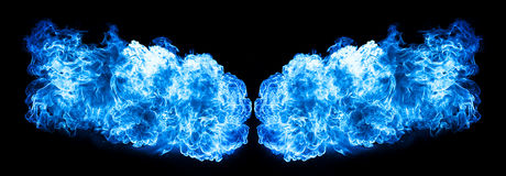 Feuerflammen auf einem Schwarzen Lizenzfreies Stockfoto