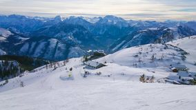 Feuerkogel skidar semesterorten, Ebensee, Österrike lager videofilmer