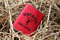 Feuerkugelflasche stockfotografie