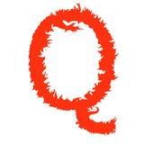 Feuern Sie den Buchstaben ab Q, der auf weißem Hintergrund mit Beschneidungspfad lokalisiert wird Stockbild