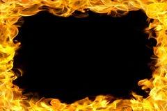 Feuern Sie Rand mit Flammen ab Stockfotos