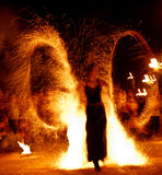Feuershow 15 Lizenzfreie Stockfotos