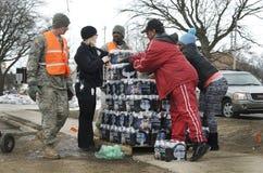 Feuerstein, Michigan: Notwasser-Verteilung Lizenzfreie Stockfotografie