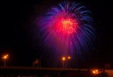 Feuerwerk des blauen Rotes Lizenzfreies Stockbild
