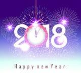 Feuerwerk für guten Rutsch ins Neue Jahr 2018 über der Stadt mit Uhr Lizenzfreie Stockfotos