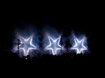 Feuerwerk mit hellen Sternen Stockfoto