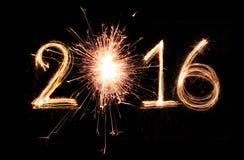 Feuerwerk mit 2016 Scheinen Stockfotos