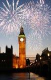 Feuerwerke über Big Ben Stockbilder