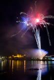 Feuerwerke über dem Schloss Lizenzfreies Stockbild