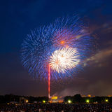 Feuerwerke über Lincoln-Denkmal Stockfotografie