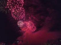 Feuerwerke über Wawel Schloss in Krakau Lizenzfreies Stockbild