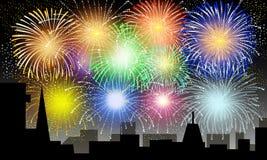 Feuerwerke auf Stadt-Nacht - Vektor Lizenzfreie Stockbilder