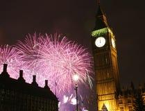 2013, Feuerwerke über Big Ben um Mitternacht Lizenzfreie Stockbilder