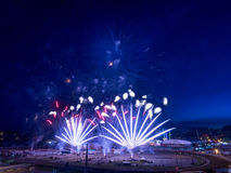 Feuerwerke am Calgary-Ansturm Lizenzfreie Stockfotografie