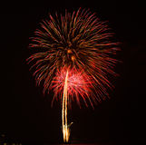 Feuerwerke in der Nacht Lizenzfreies Stockfoto