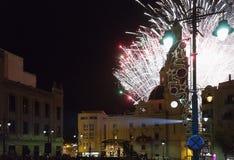 Feuerwerke in der Piazza de España für die Ankunft der Weisen zu stockbild