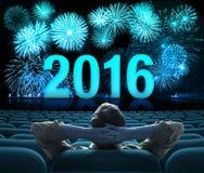 2016 Feuerwerke des neuen Jahres auf großer Kinoleinwand Stockfotos