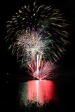 Feuerwerke III lizenzfreie stockfotos