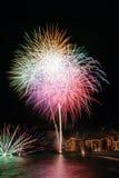 Feuerwerke im Dorf Camogli, Italien Stockbild