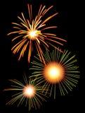 Feuerwerke im nächtlichen Himmel Lizenzfreies Stockfoto