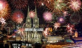 Feuerwerke an Köln-Kathedrale Kölner-lichter, Köln, Germa Lizenzfreies Stockfoto