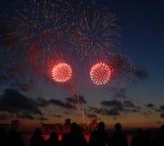 Feuerwerke mit Masse Stockfotografie