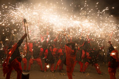 Feuerwerke nachts in Badalona Lizenzfreies Stockfoto